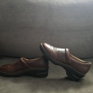 Born Shoes - Born Brown Leather Clogs Sz 7.5/38.5